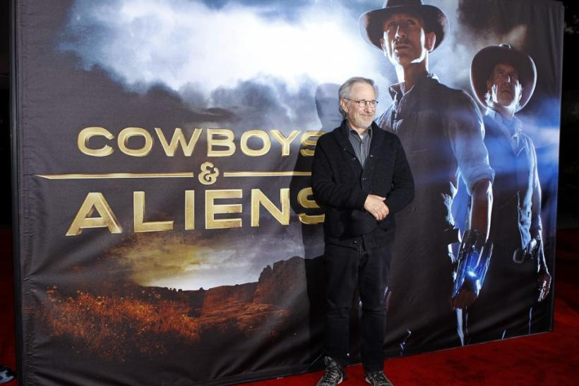 """Executive producer Steven Spielberg arrives for the world premiere """"Cowboys & Aliens"""" in California"""