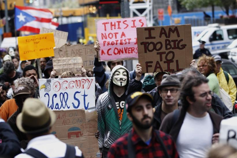 Occupy Wall Street Eviction: Protesters Remain Peaceful, Will the NYPD?