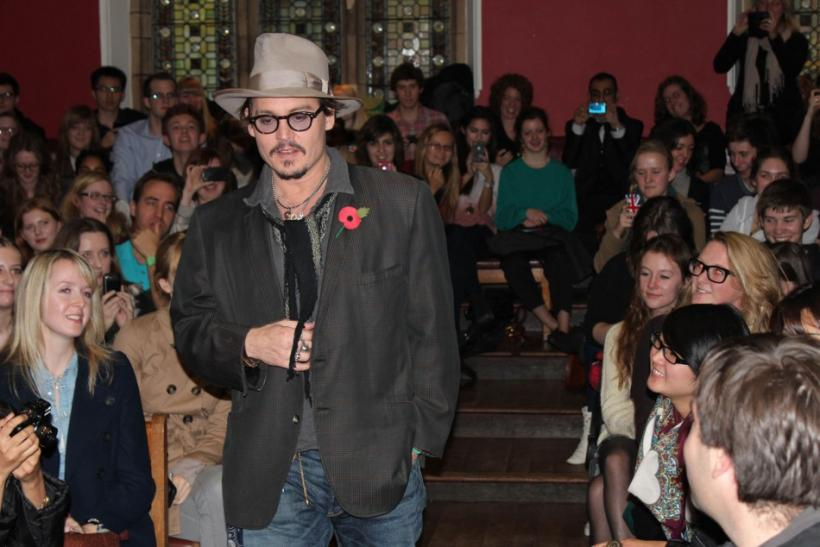 Johnny Depp Selected for Fashion Icon Award 2012 (PHOTOS)