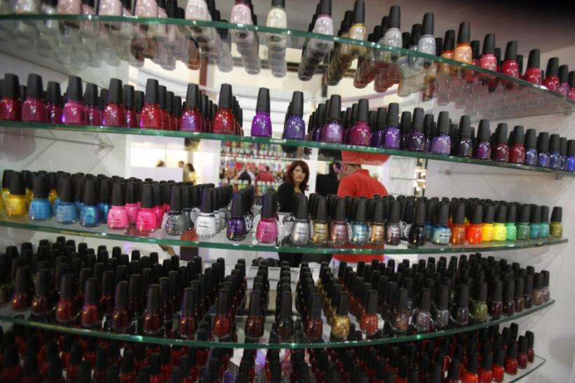 'Non-Toxic' Nail Polishes May Cause Cancer, Birth Defects: List of Dangerous Polishes