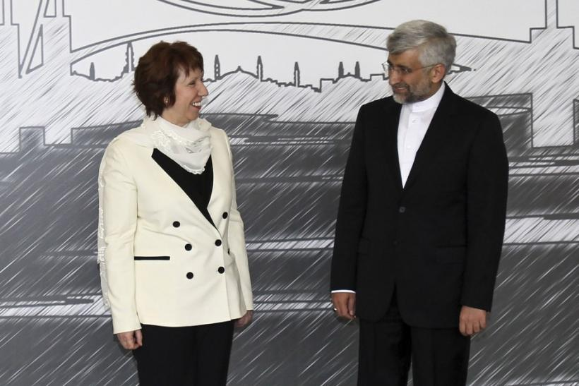 European Union foreign policy chief Catherine Ashton (L) and Iran's chief negotiator Saeed Jalili pose for media before their meeting in Istanbul April 14, 2012.