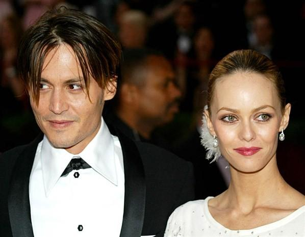 Vanessa Paradis Scolds Interviewer For Asking About Johnny ... Vanessa Paradis Breakup