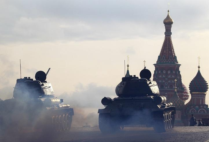 Russia Red Square T-34 2