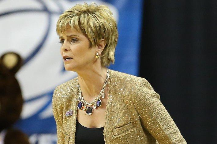 Baylor Women's Basketball Coach Kim Mulkey Suspended For ...