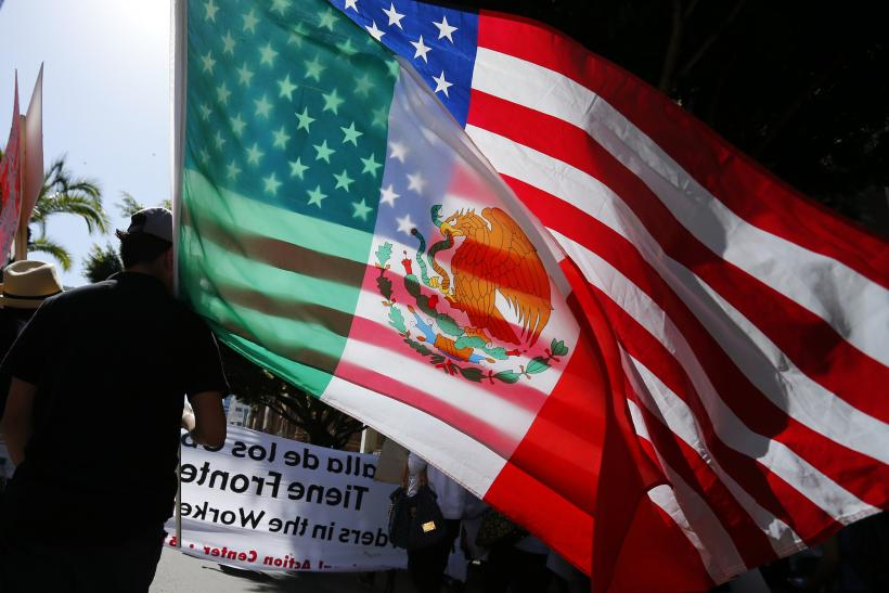 Immigration US Mexico flags rally May 2013