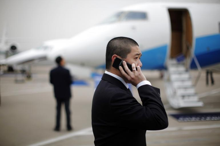 cell phones airlines