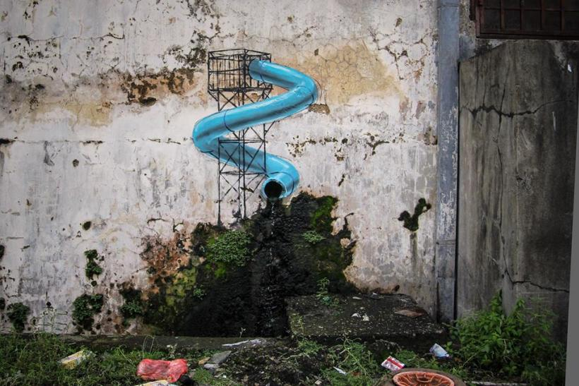 Lego mural by malaysia s banksy ernest zacharevic sparks for Mural 1 malaysia