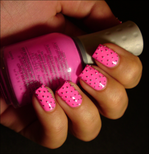 rihanna spiked claw nails how to diy and more studded
