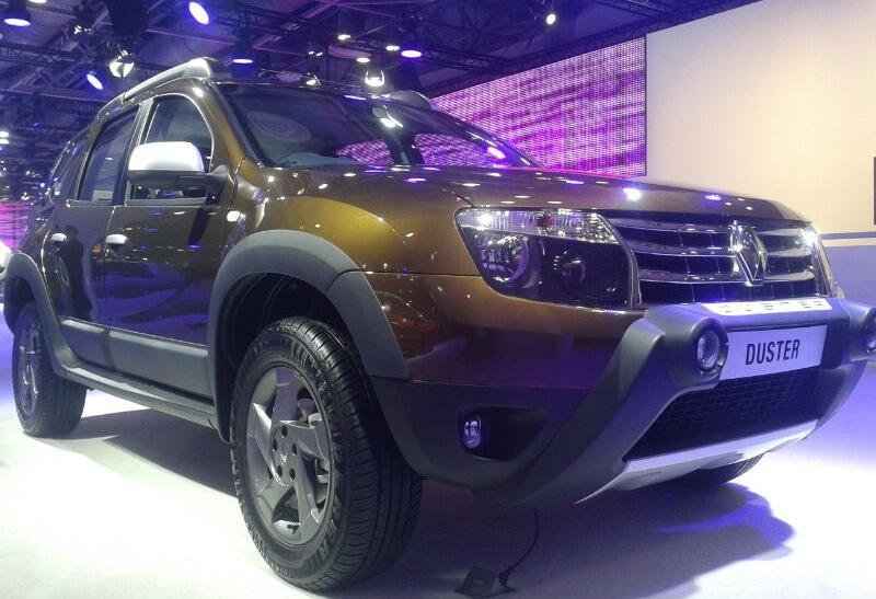 new delhi auto show 2014 renault launched 39 kwid 39 in its first ever global concept car launch. Black Bedroom Furniture Sets. Home Design Ideas
