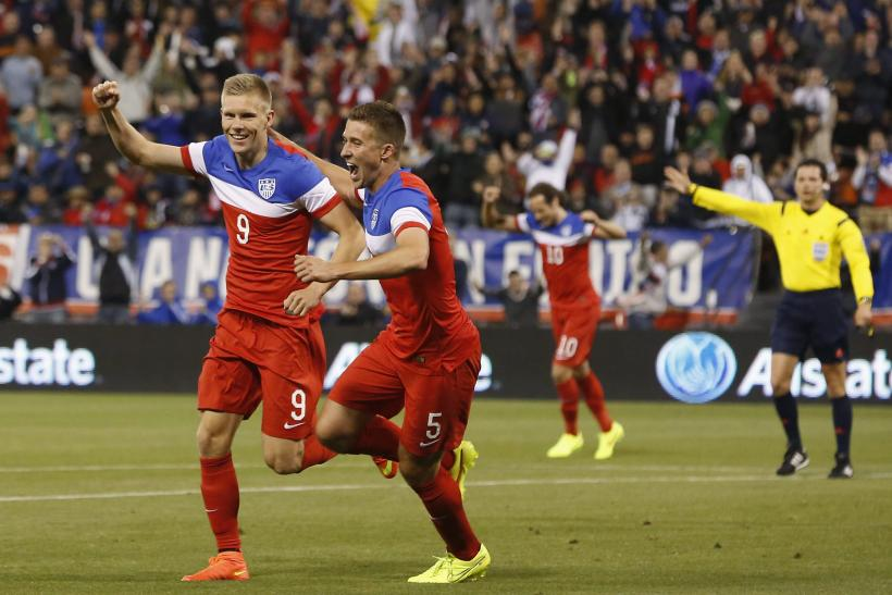 Aron Johansson Matt Besler USA World Cup 2014