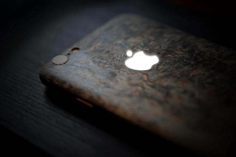 Custom iPhone 6 Models Are Remade With Luxury Materials Like Real Wood ...