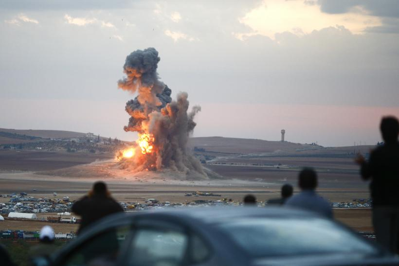 US-Led Coalition Aims New Round Of Airstrikes At ISIS