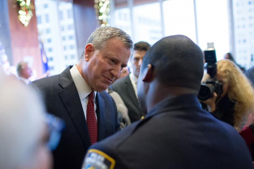 NYPD Officers Unite Against De Blasio