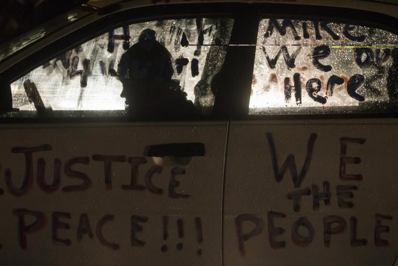 Ferguson Protests Update: Weather Drives Demonstrators From Streets In Missouri, Protesters Gather At US Embassy In London