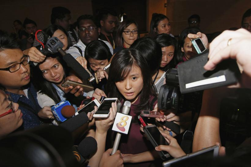 Missing AirAsia Flight QZ8501 Families Await Answers After Search Called Off For Night