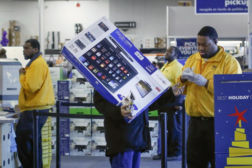 Shoppers Increasingly Go Online For Black Friday Shopping
