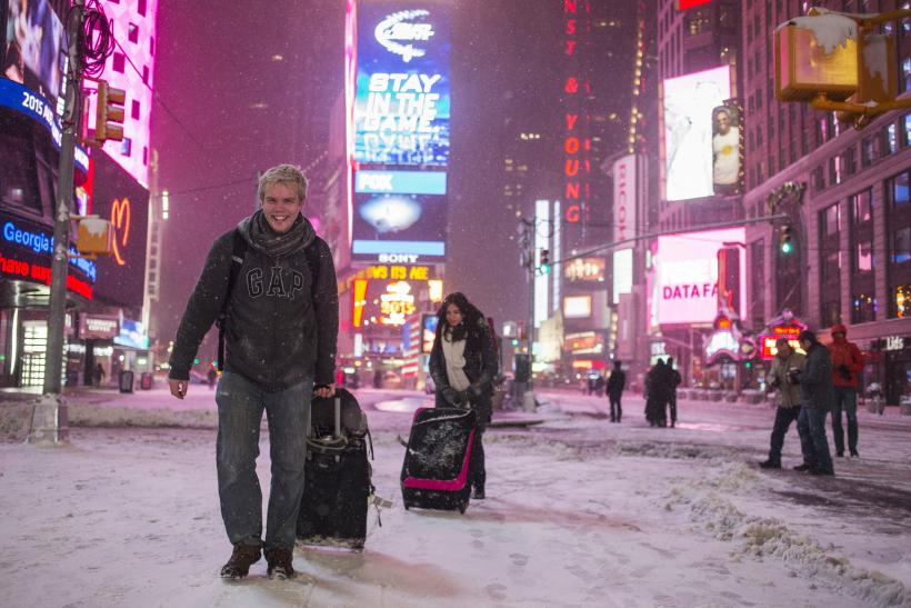 Blizzard 2015: Thousands Of Flights On The East Coast Canceled For Winter Storm Juno