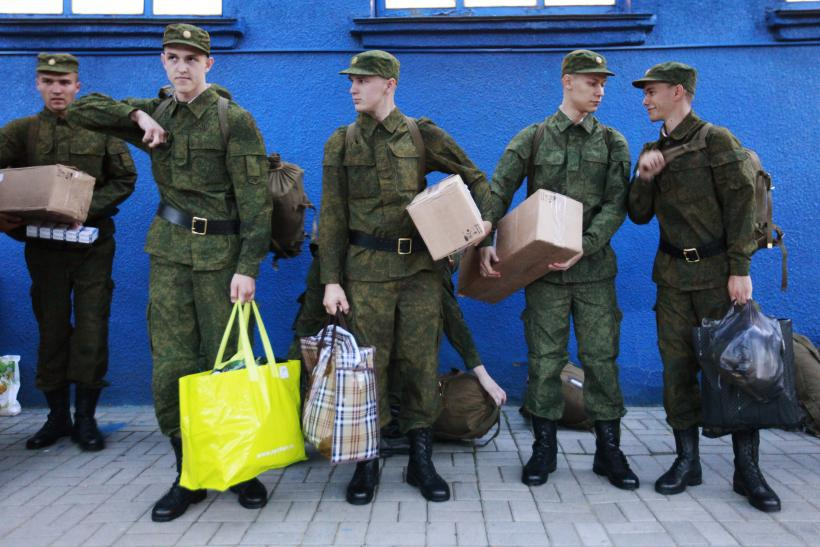 Russian Army Conscription Begins In Crimea